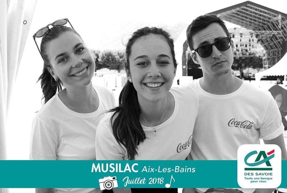 Selfie personnalisé et photobooth au festival Musilac à Aix-les-Bains en Savoie avec impressions photos des participants
