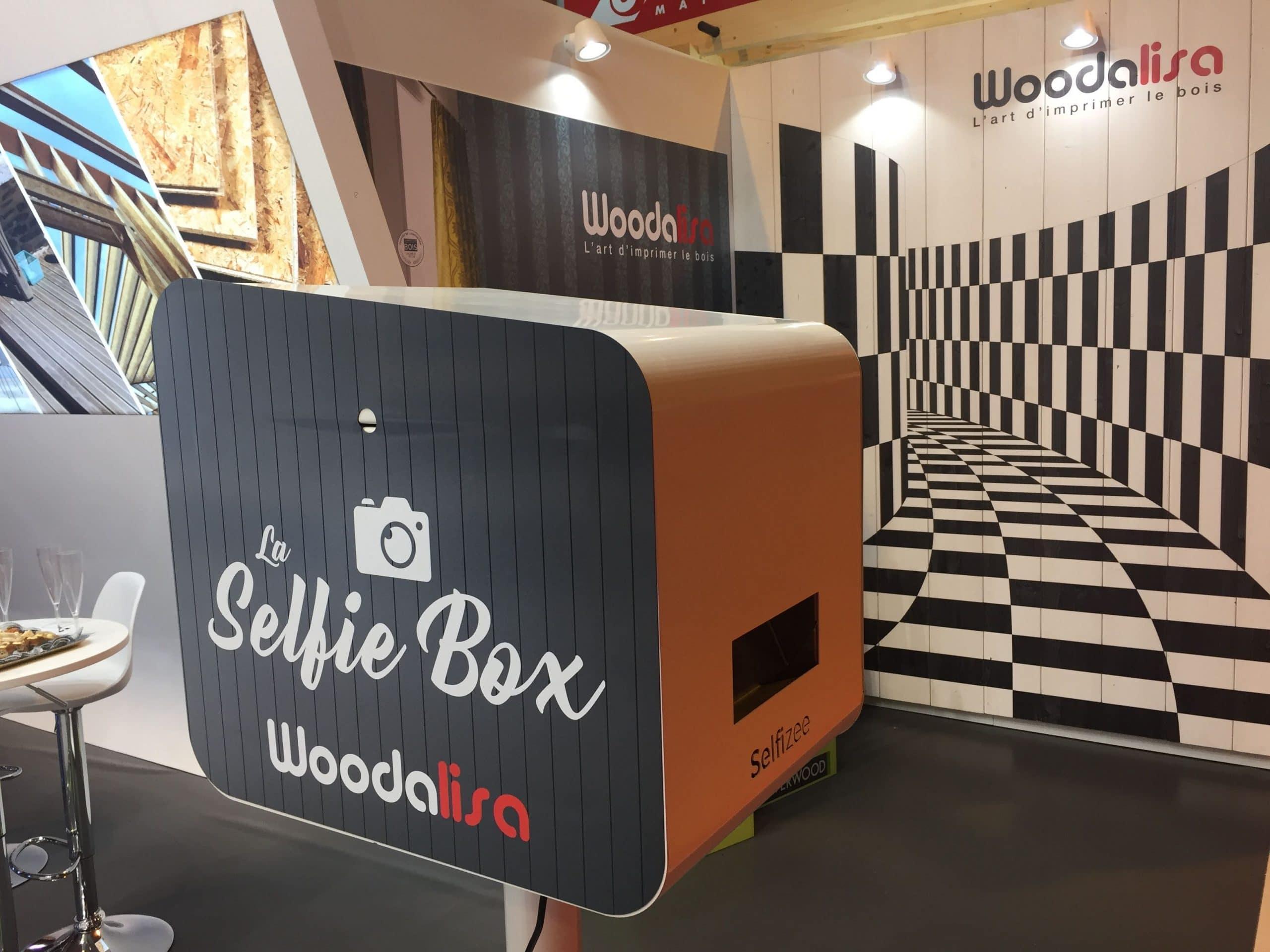 Animation selfie box avec borne photo personnalisée pour Silverwood au salon Artibat à Rennes