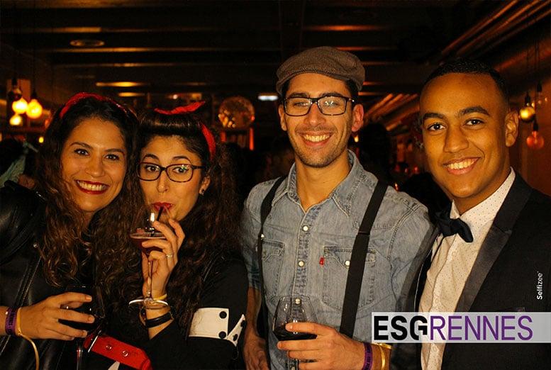 Borne photo avec impressions selfies instantanées à la soirée de gala de l'école de commerce ESG Rennes