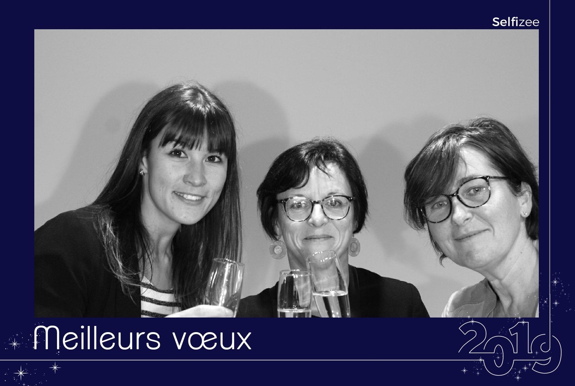 Animation soirée entreprise Nouvel An avec borne photo photobooth à la MSA Portes de Bretagne à Vannes - Morbihan