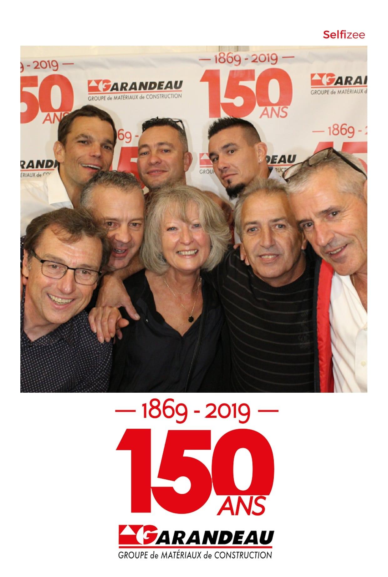 Animation borne photo pour selfie fête anniversaire groupe Garandeau à Cherves Richemont entre Rochefort et Angoulême