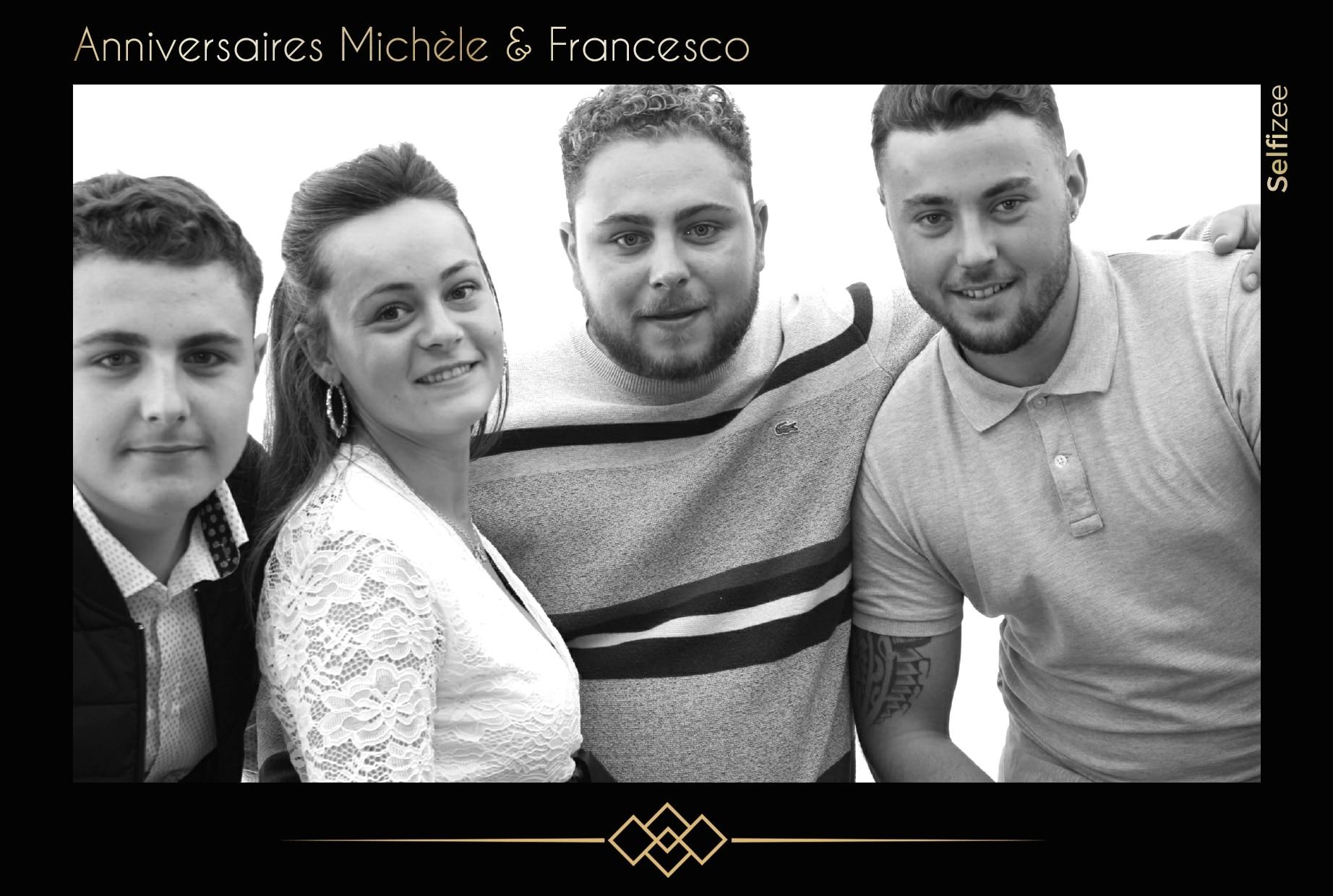 Photo anniversaire filtre noir et blanc avec borne photo à louer pour animation selfie anniversaire à Saint Nazaire / Loire Atlantique