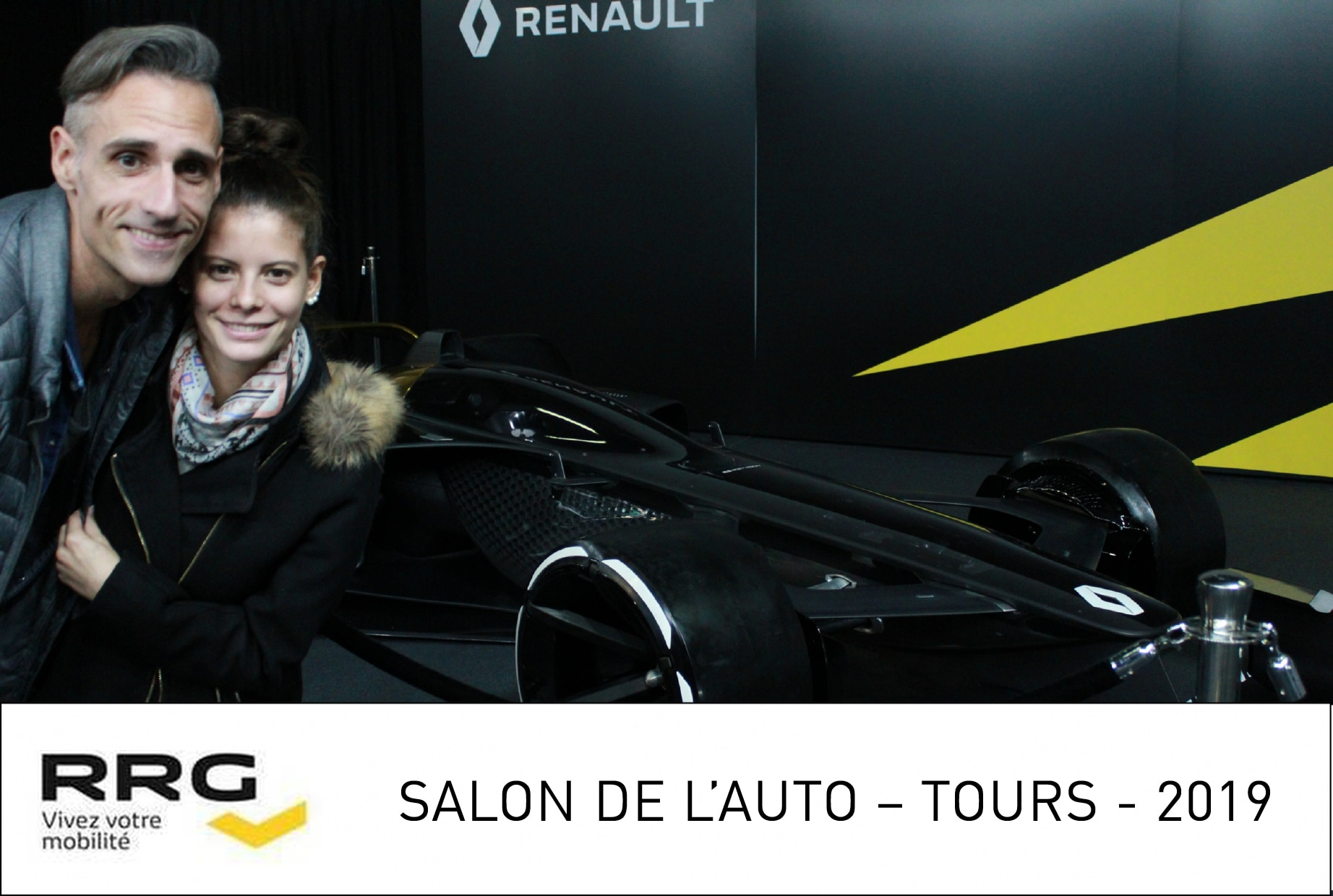 Animation borne photo au stand Renault salon de l'Auto 2019 Tours avec impressions selfies des visiteurs