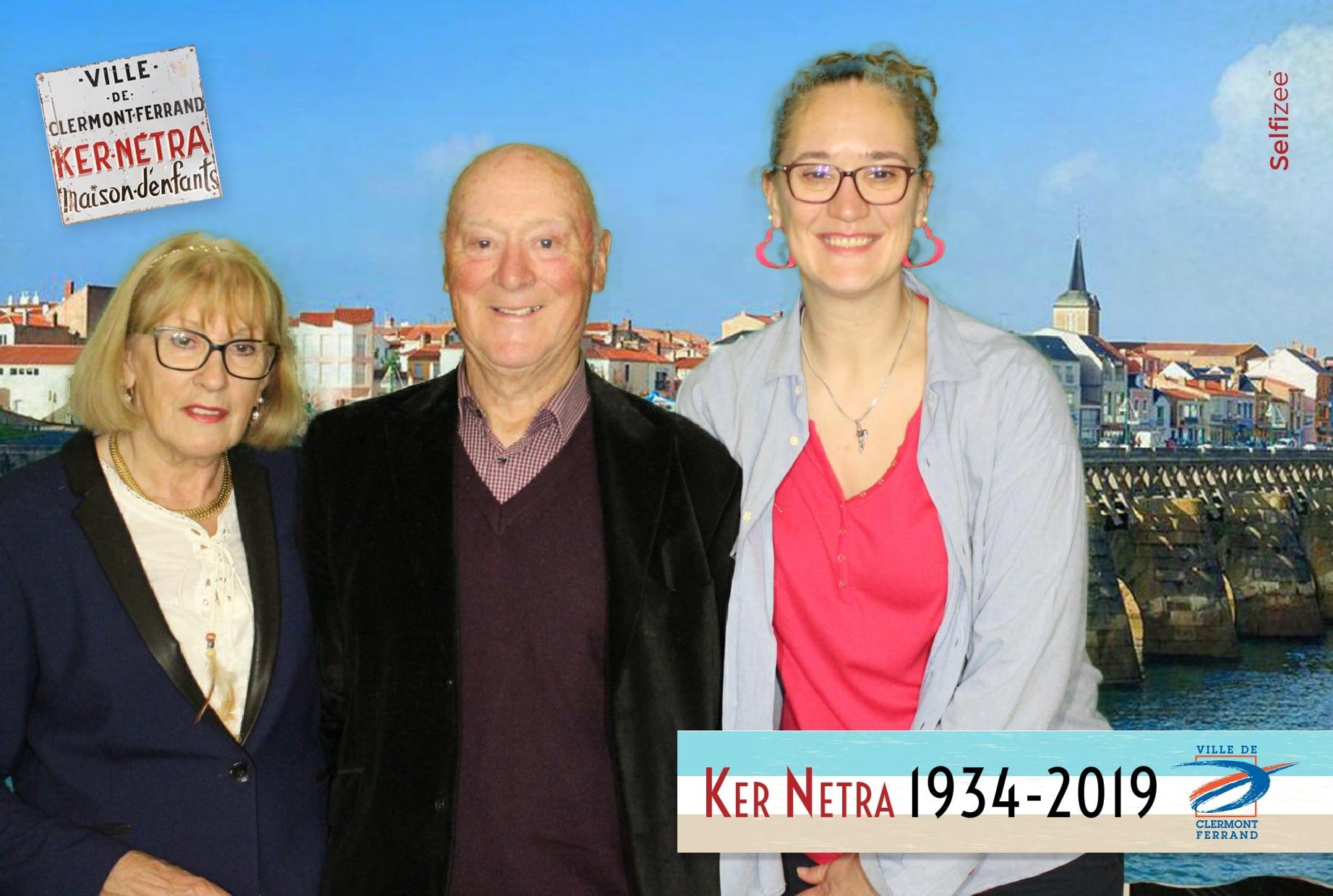 Borne selfie et animation fond vert à l'exposition des 85 ans Ker-Netra de la mairie Clermont Ferrand