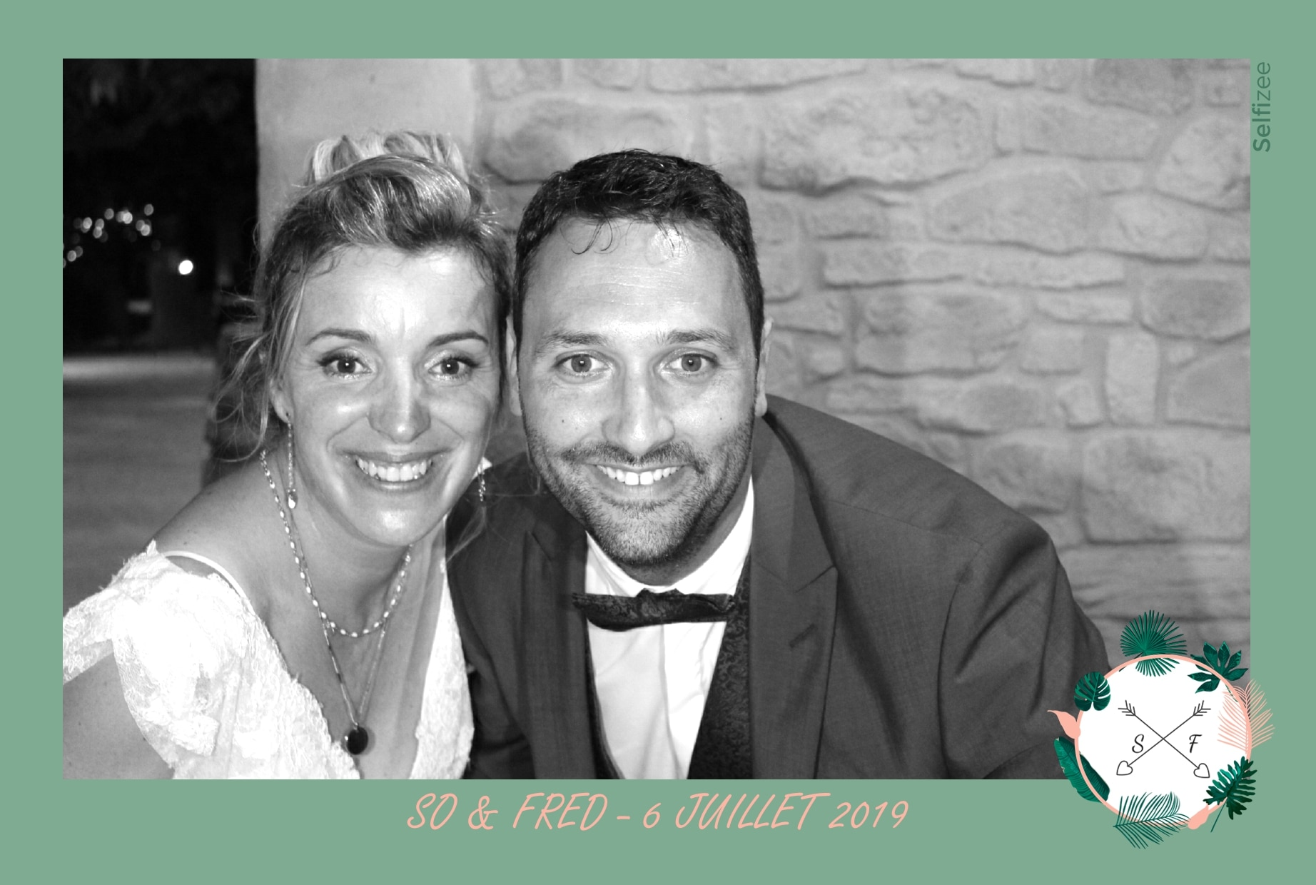 Selfie personnalisé mariage avec impressions photos - location photobooth connecté pour mariage à Montpellier