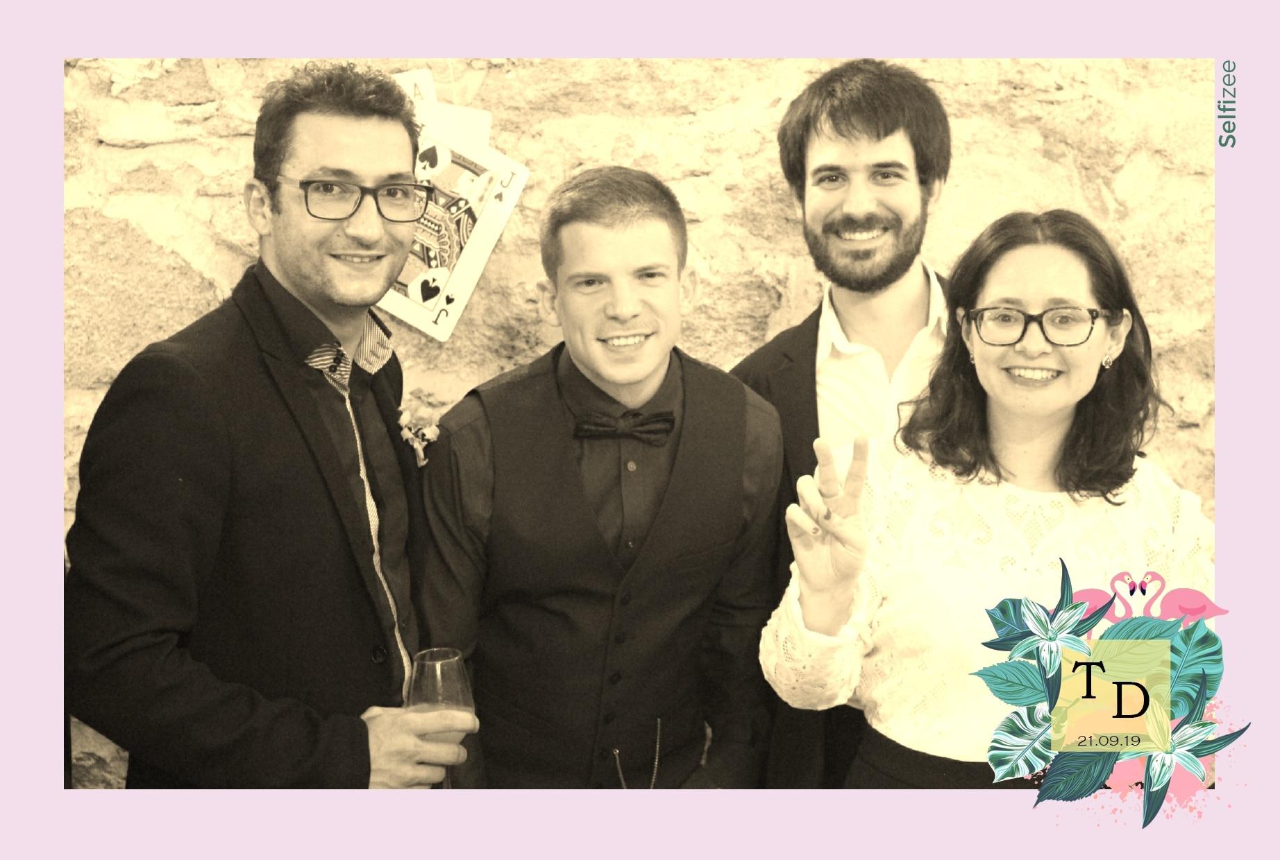Animation selfie mariage Avignon - location photobooth mariage Avignon et Vaucluse avec impressions photos