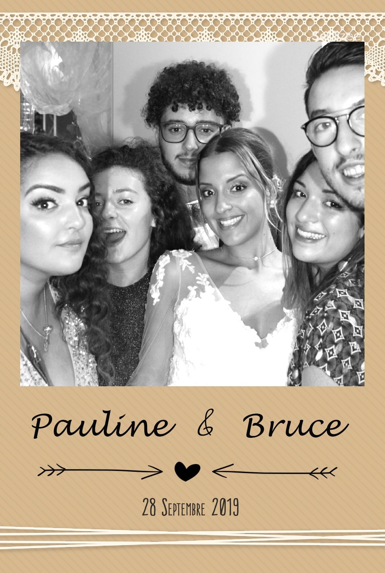 Animation selfie box mariage avec photos personnalisées - borne photo à louer à Montpellier et Hérault pour fête mariage