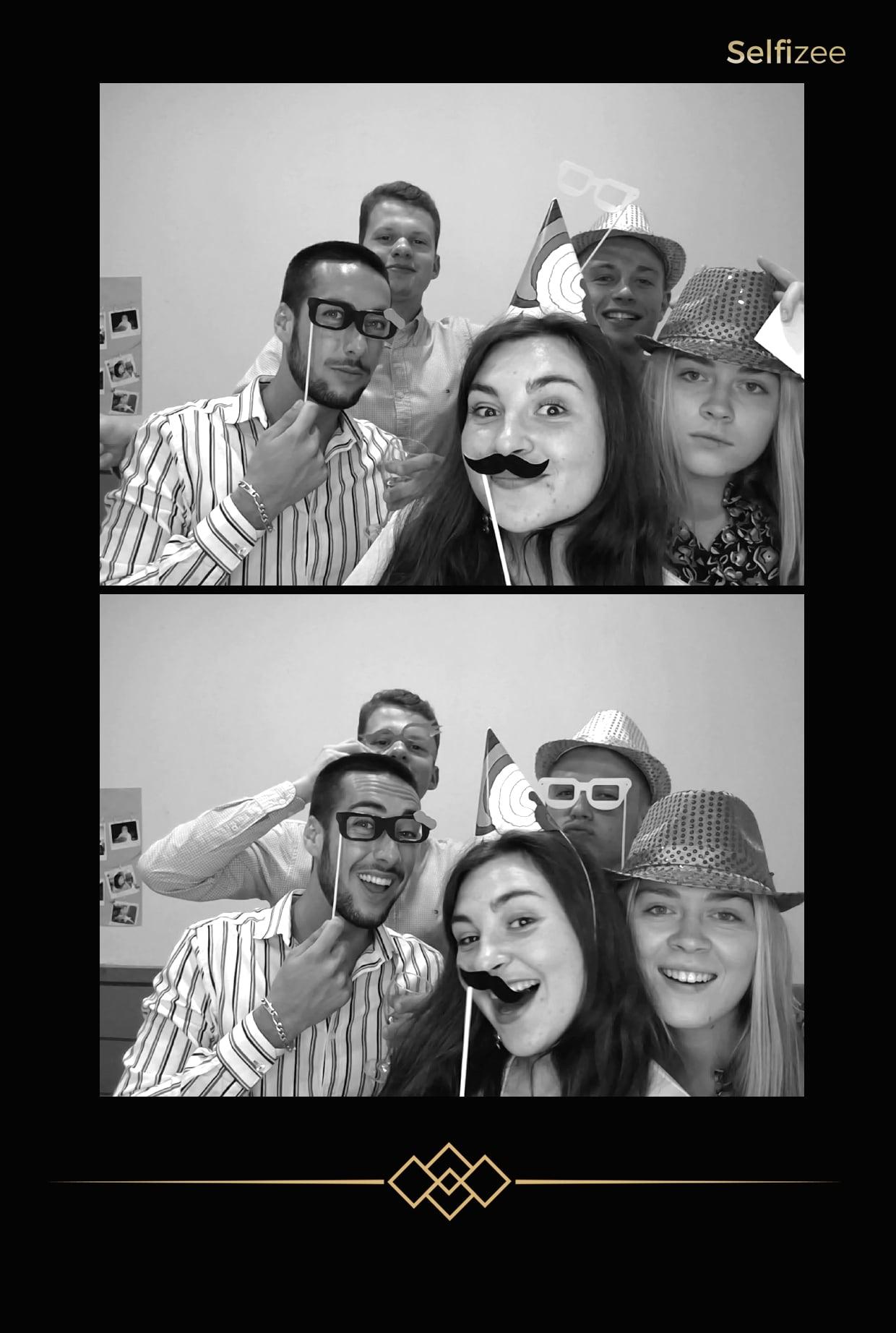 Selfie box avec impressions photos pour animer soirée anniversaire à Pontivy - borne selfie photobooth à louer pour animation mariage, anniversaire, fête, baptême à Pontivy dans le Morbihan