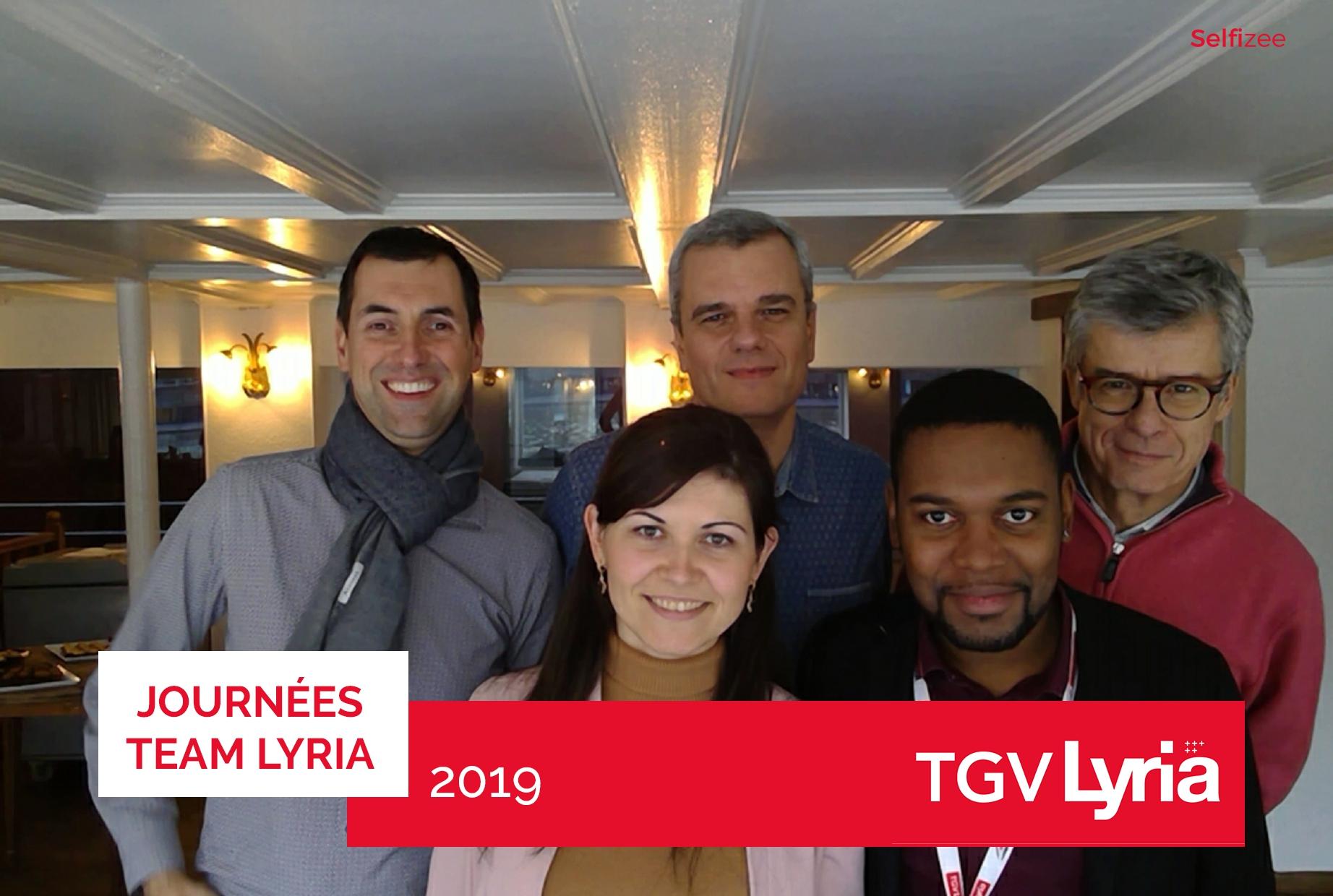 Animation borne photo journées team Lyria 2019 SNCF à Mulhouse pour nouvelle offre TGV Lyria 2020 avec impressions photos collaborateurs