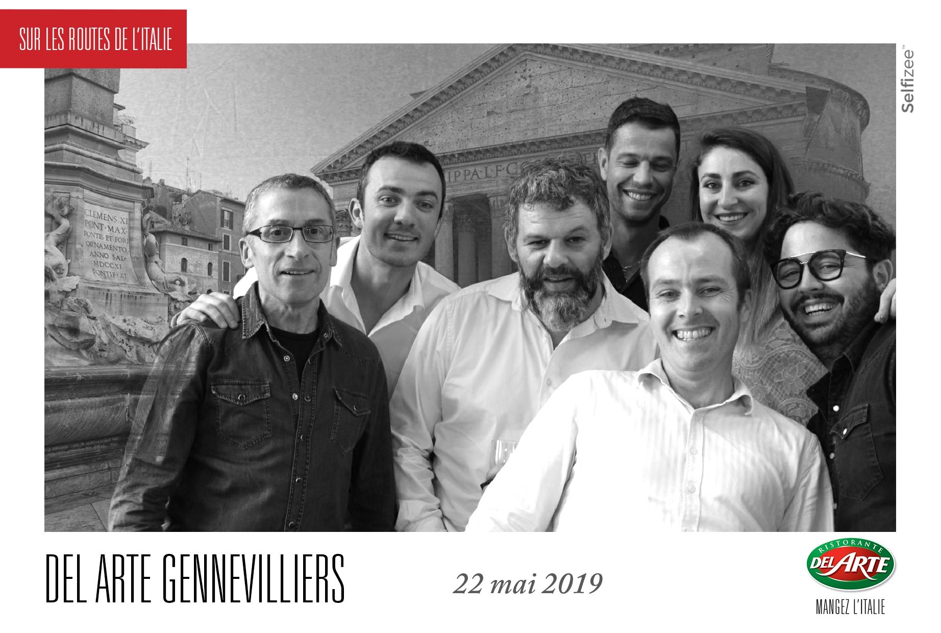 Borne selfie et animation fond vert au restaurant Del Arte Gennevilliers près de Clichy et Argenteuil avec impressions photos clients