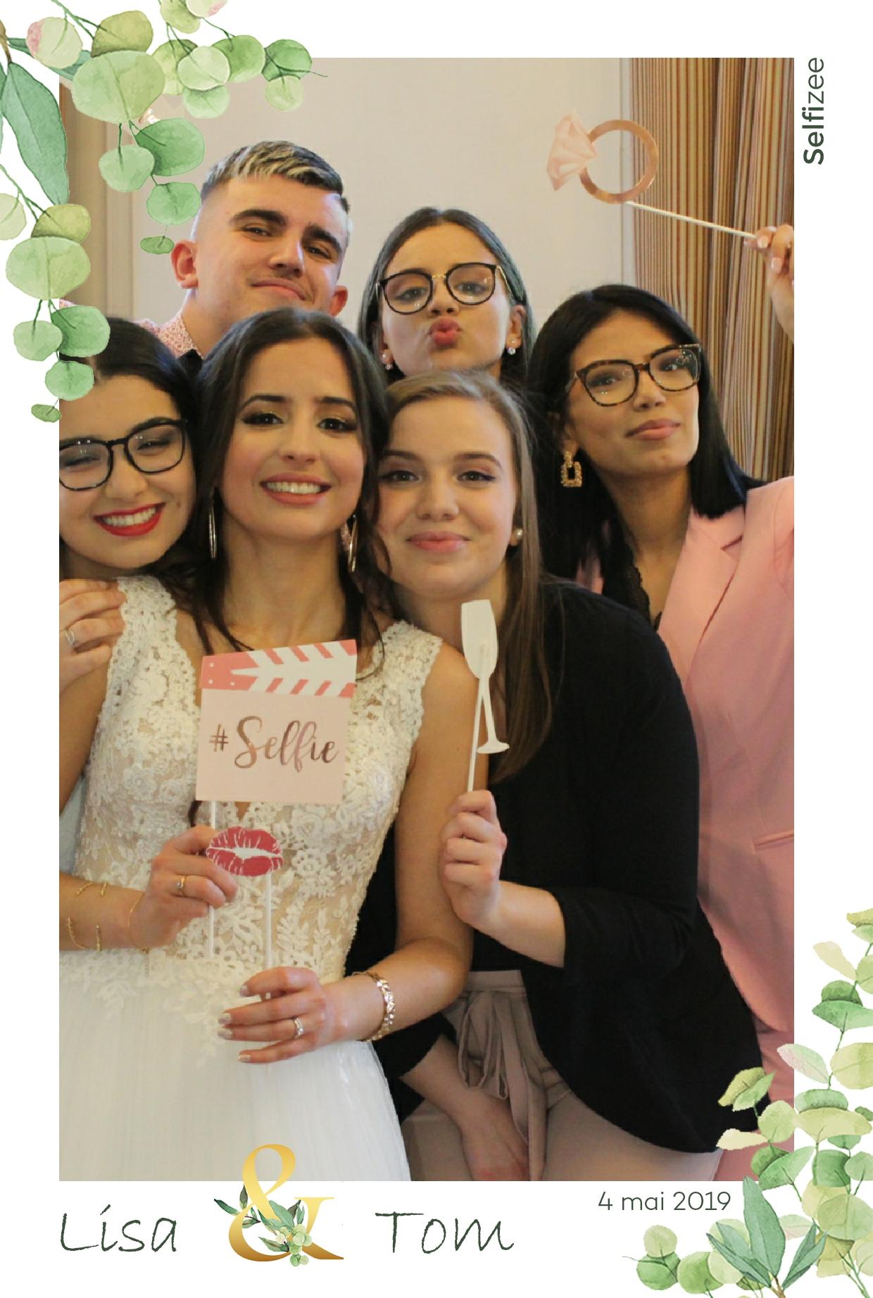 Animation photobooth mariage Argenteuil - borne selfie à louer mariage Argenteuil et en Val d'Oise avec impressions photos