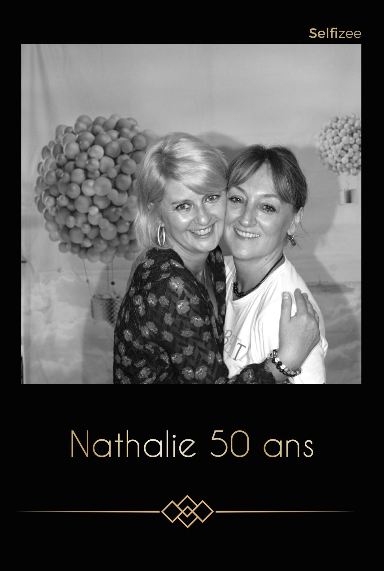 Location borne photo Massy / Essonne animation anniversaire, mariage, baptême, fête avec impressions photos