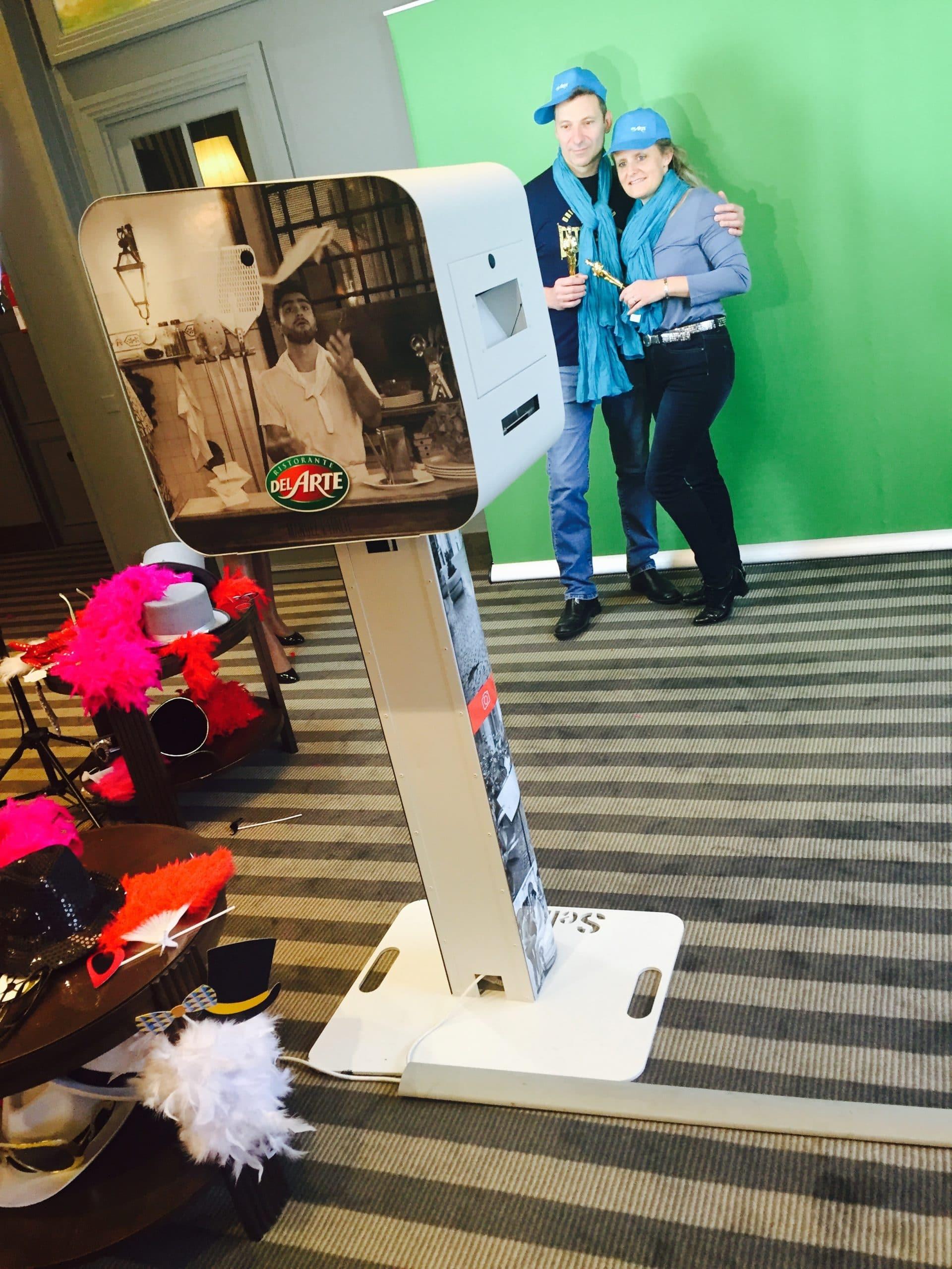 Borne photo et animation fond vert pour selfies anniversaire 40 ans Groupe Le Duff à Deauville